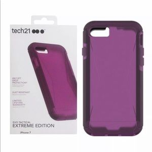 iPhone 7 tech 21 Extreme edition purple case